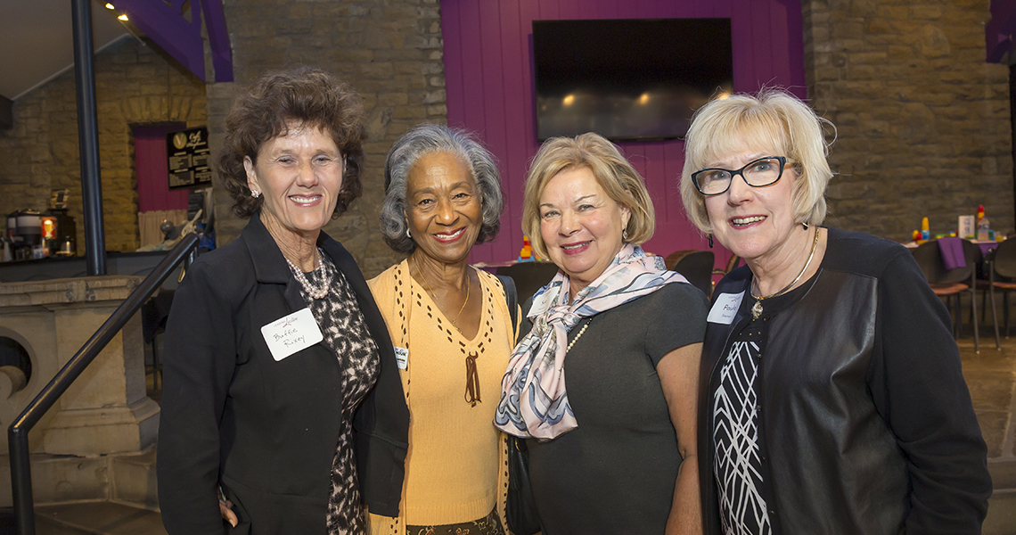 Leading Lady Buffie Rixey along with Jean Crawford, Program Co-Chair Sue Showers and Paula Steiner enjoy the leading ladies event